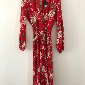 Influence kjole