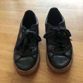 Fede læder sneakers. Næsten ikke brugt