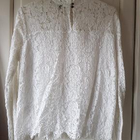 Feminim skjorte bluse fra mos mosh.