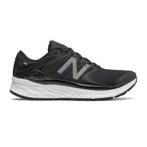 New Balance fresh foam 1080v8 brugt 1 gang kortvarig. Et par rigtige gode sko/løbesko.