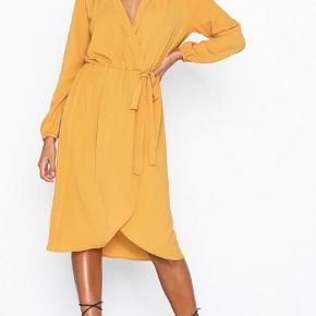 Nelly kjole  Størrelse 38