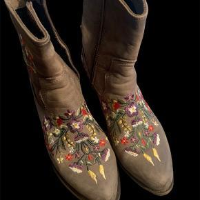 Lazamani støvler