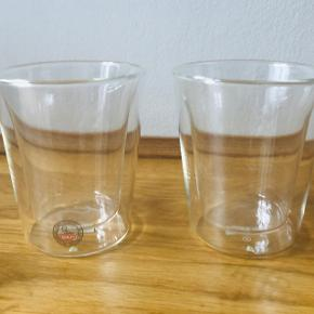 Bodum Canteen Termoglas 2 stk.   Termoglas - holder varme drikke varme, og kolde drikke kolde. Størrelse: 20 cl, højde 10,2 cm.   Rigtig fin stand