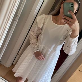 Sara Storm kjole