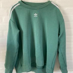 Lækker sweater fra Adidas!  BYD endelig