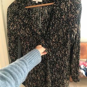 Fineste kjole fra Boii, xs