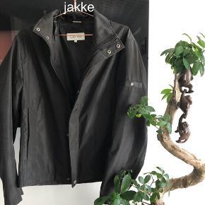 350kr Per jakke