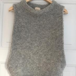 H&M Conscious Exclusive vest