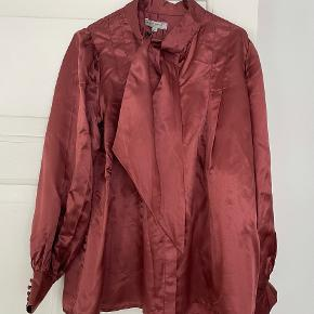 Margit Brandt skjorte