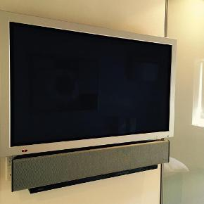 """Brand: Wow Varetype: Plasma skærm 48"""" Størrelse: 48"""" Farve: -  48"""" Plasma skærm, fremstår i perfekt stand og virker 100%. Mp. 2000"""