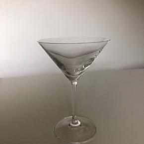 10 cocktail-glas. 14,5 cm høj. Mærke kendes ikke.
