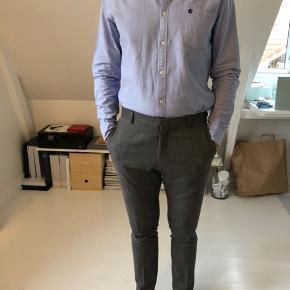 Utrolig blød og komfortable snittet Oxford skjorte i ren bomuld.  OBS! Ønskes handlen gennemført over TS, afholder køberen gebyret