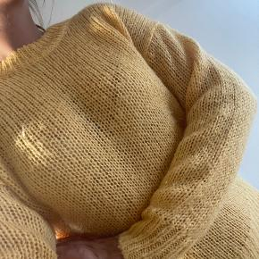 2nd Day sweater