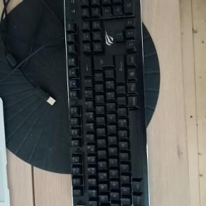Havit HV-KB391L tastatur med RGB