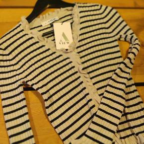 A-View cardigan