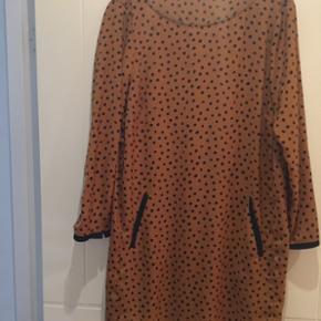 Flot Zara kjole i str. Lille L