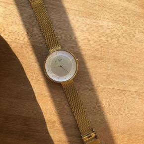 Skagen guld ur. Bredde: 38 mm. Meget få brugsridser 😊
