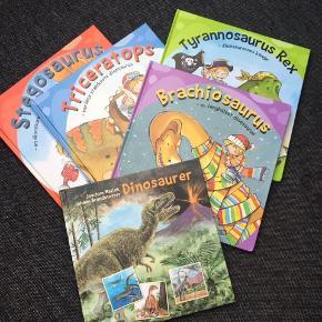 Helt nye dino-bøger med spændende fakta for de 5-8 årige (ca)   50 kr pr stk eller alle 5 for 200
