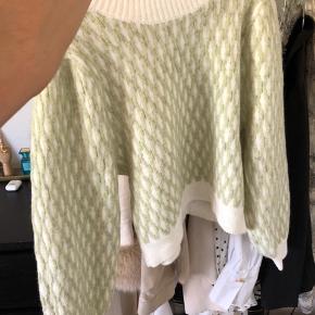 Minder om Stine Goya strik, Carlo knit