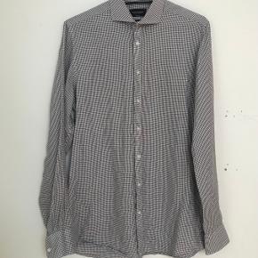 Bruun & Stengade skjorte