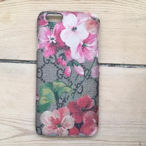 Gucci iPhone 6/6s cover  Er godt brugt, men er stadig fint og brugbart, sælges derfor billigt. Se slid på billederne