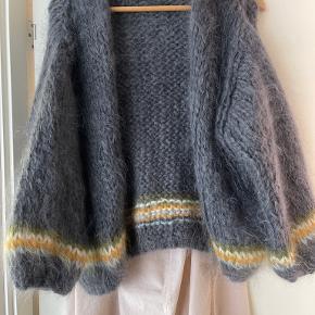 Les Tricots'd'o sweater