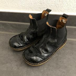 Lak støvler