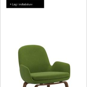 Næsten aldrig brugt lounge stol, Era, fra Normann Copenhagen.  Stolen er betrukket i grønt Gabriel stof og har mørke træben.   Nypris: 9.500,-  Pris: 5.000,-