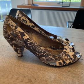 Janet & Janet heels
