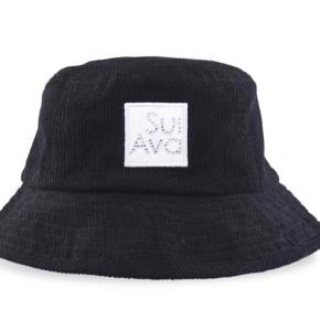 Helt ny Bucket hat sort.  Sælges eller evt byttes med ny i anden farve. (Pga fået to stk i gave)