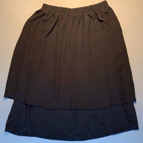 Nederdel med dobbeltlag i to længder / elastik i livet