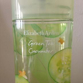 Elizabeth Arden parfume - Green Tea Cucumber. Kun prøvet en enkelt gang. 100 ml