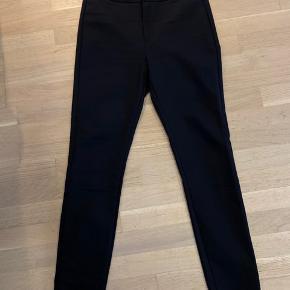 Str.29 - model: Carmen Tailor pant