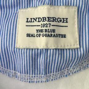 Lindberg t-shirt   Str M   Cond 10/10  Aldrig brugt