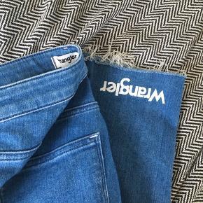 Denim Wrangler jeans i str W26 L32