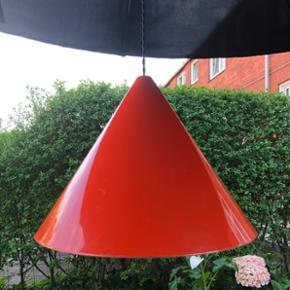 Superfed stor retropendel i orange, fra ES HornMed ny ledning    #eshorn #eshornlampe #orangelamp #retrolampe #vintagelamp #lampa #retrolampa