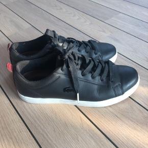Sælger disse fede lacoste sko Størrelse 39  De er brugt lidt, men stadig i rigtig god stand