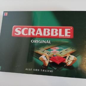 Aldrig brugt stadig indpakket i folie Scrabble