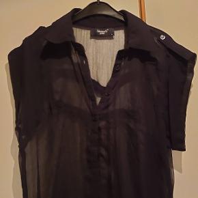 Sisters Point Skjorte, Næsten som ny. Dyssegård - Sisters Point Skjorte, Dyssegård. Næsten som ny, Brugt og vasket et par gange men uden mærker eller skader