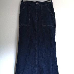 Lang vintage denim nederdel med lommer, fea mærket Jam ✨   Y2k, 90er, 90s, denim, cowboynederdel,