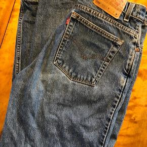 550 Levis bukser Købt i New York, ca. en str.40 :) Kan afhentes på Nørrebro