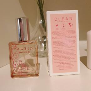 🌸 Clean Parfume - Blossom 🌸 30 ml 🌸 Aldrig brugt, kun åbnet 🌸 Købt for 2 uger siden