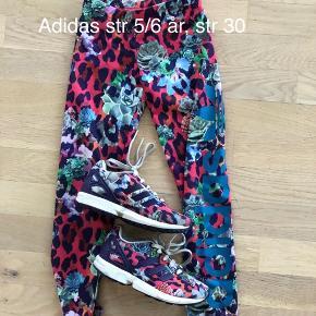 Leggings og sko til 200kr pp