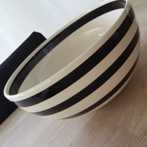 Kähler. Stor skål, 30 cm diameter. Fejler intet. Fast pris.