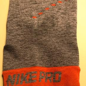 Nike Pro. Brugt nogle gange.