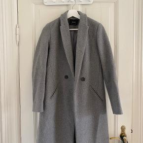 Stradivarius frakke