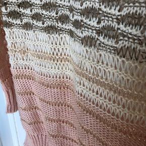 Vintage ESCADA strik bluse med glimmer tråd. Super smuk. Købt vintage i New York.