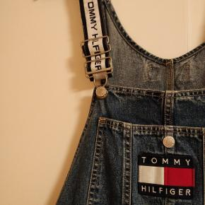 Tommy Hilfiger overalls (dungarees)  Pris er til forhandling