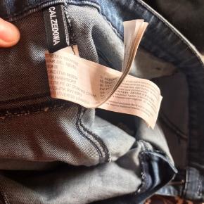 Aldrig vasket, brugt én gang helt nye Calzedonia italienske jeans stretch Høj talje jeans