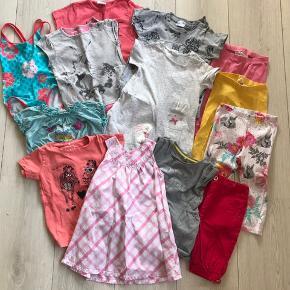 Sommerpakke str 86 med bla badedragt, kjoler, leggins mv. Afhente i Horne eller sendes på købers regning